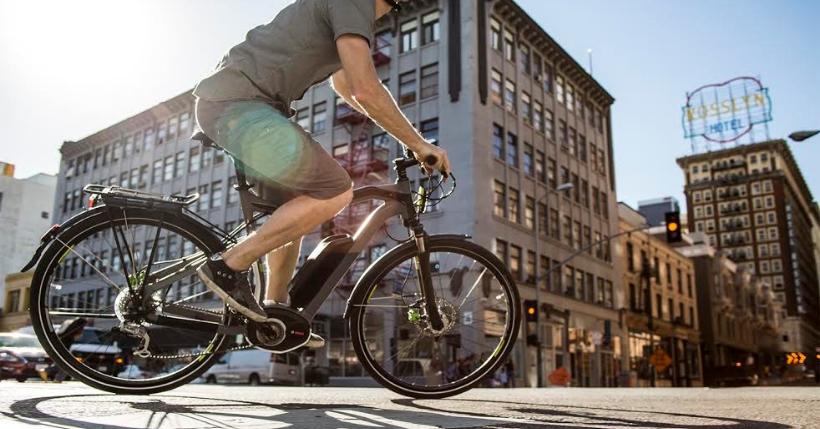Bicicletta elettrica da città: 5 motivi per comprarne una