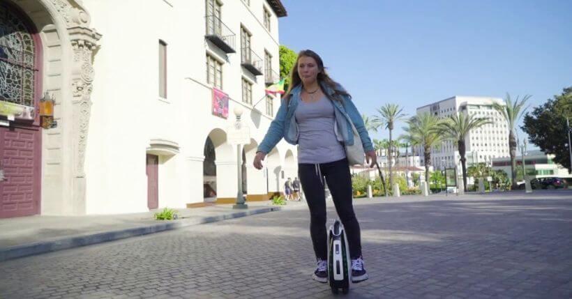 Alternative alle bici elettriche: monopattino, Segway, Hooverboard e skateboard